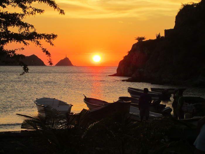 Planee sus vacaciones a #Taganga Santa Marta   http://www.divanga.com