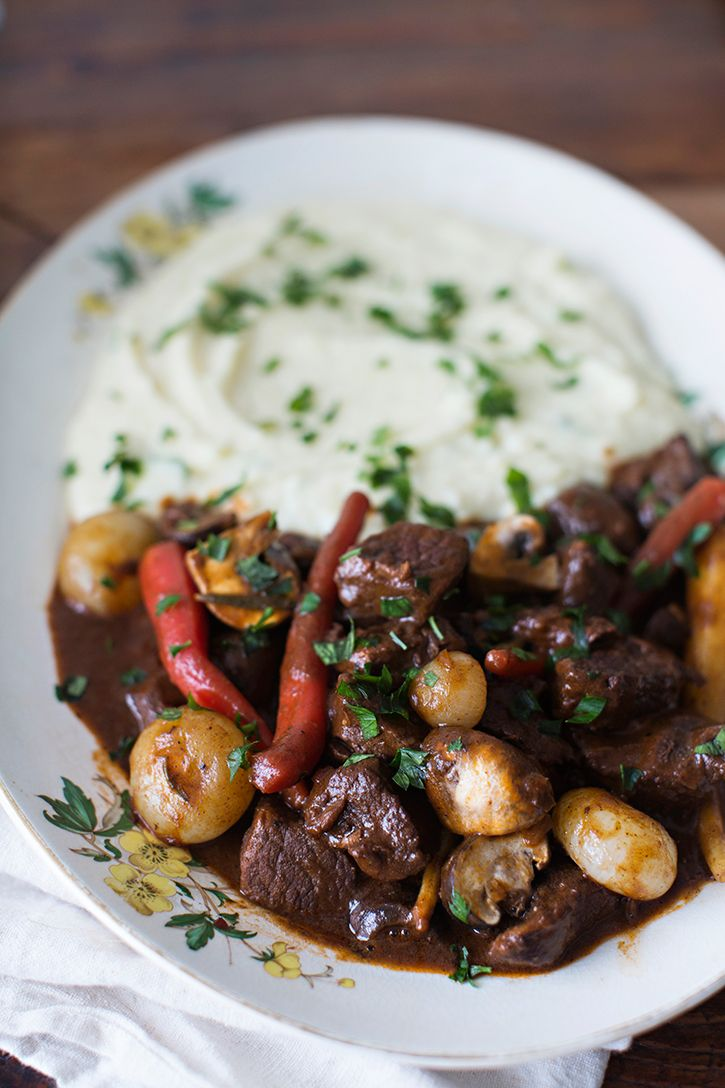 Sunday Suppers Beef Bourguignon