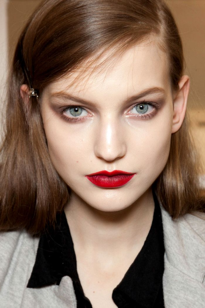 : Ombre Lips, Make Up, Nina Ricci, Makeup, Redlip, Beauty, Hair, Red Lipstick, Eye