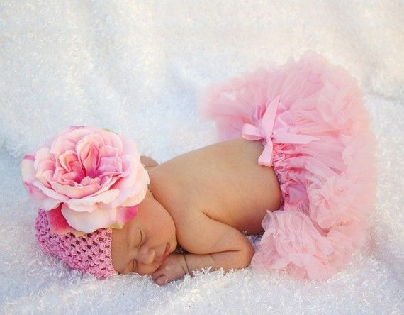 So so so precious!: Hair Flowers, Photos Ideas, Kids Boutique, Newborns Pictures, Newborns Pics, Baby Girls, Adorable Hats, Beautiful Pictures, Baby Stuff