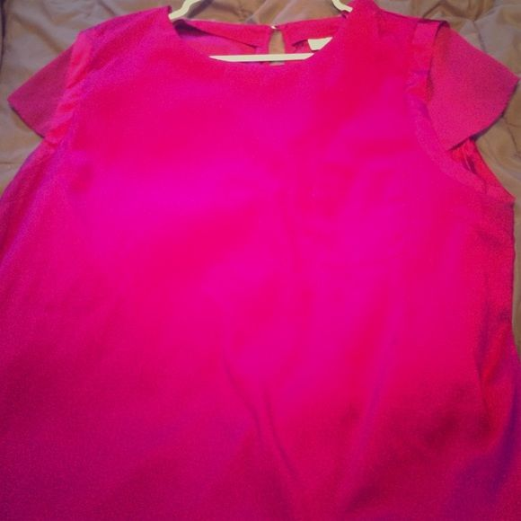 New York and Company Hot Pink Blouse This is a very pretty chiffon hot pink blouse from New York and company. There is a very small stain on the front of the shirt that can only be seen in a flash or when light is shining directly on it. Worn about twice. New York & Company Tops Blouses