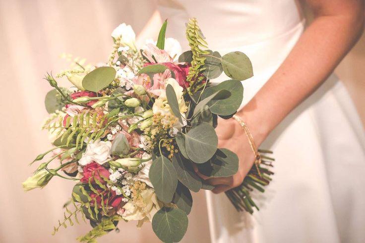 Ramo de novia #eucaliptus #eucalipto #ramodenovia #bridebouquet #weddingbouquet #helecho #fern #lisianthus #azahar