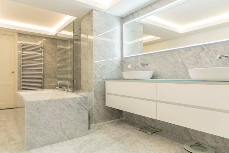 Renovatie Badkamer Knokke : 17 best badkamer ideeën images on pinterest glass mirror and toilet