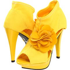 HELLO Yellow Shoes!!