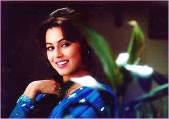 One film wonder - Mahima Chaudhry The 'Pardes'girl famously sang'I love my India' and won not only our hearts but won the Film fare award for best actress for newcomers but soon faded away.