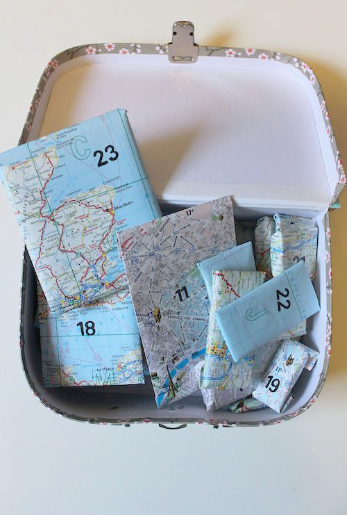 Advent Calendar : for globetrotters this would be so cool to send to someone far from home this Christmas