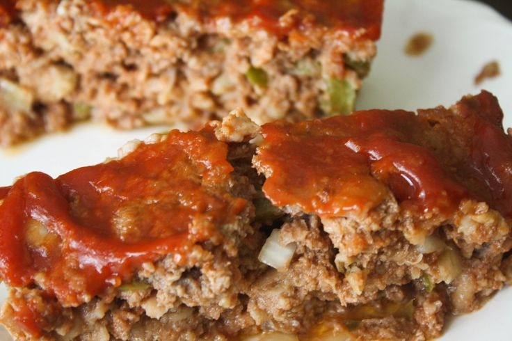 Meatloaf- This was a hit. I'd never considered using crackers in my meatloaf rather than bread crumbs or glazing ketchup on the top. The crackers really gave the loaf a better texture and the glazed ketchup on the top made my husband not dip the meat in extra ketchup.