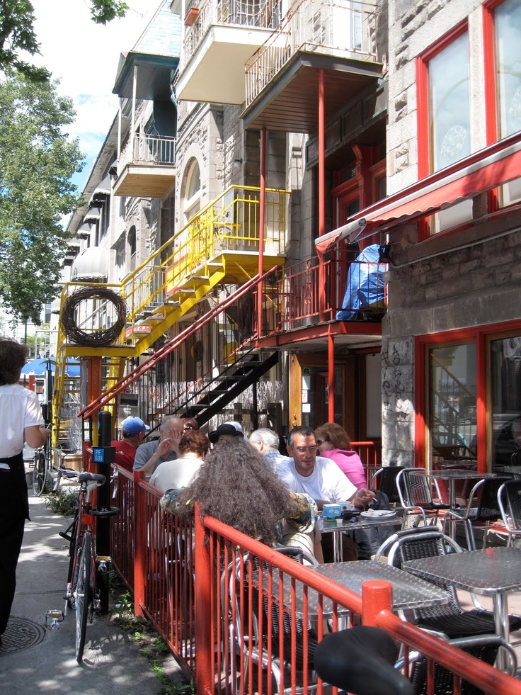 Cafe On Rue St Dennis In Montreal Canada
