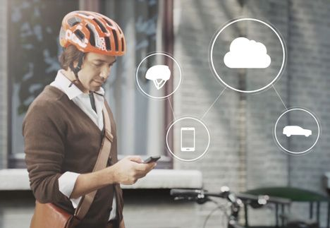 Volvo connected cycle helmet system
