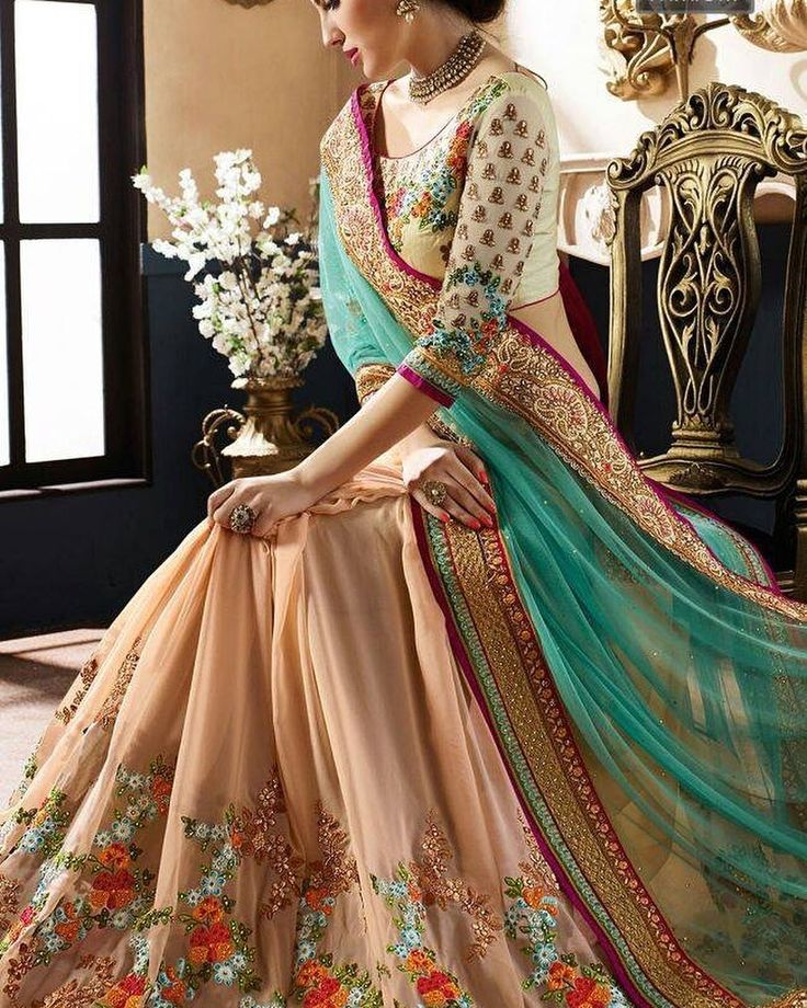 One Stop Online Saree Shopping !! Glam up Your Party Look instantly !! Price - $62| Product id- 1808660 Worldwide Delivery  7 day return policy with 100% refund. DM or whatsapp on 91 8291100288  Visit m.mirraw.com/insta #saree #sari #wedding #desi #blouse #sareesonline #glamour #sarilove #sareelove #womenswear #traditionalwear #indianwear #indianstyle #onlineshopping #style #fashion #trending #worldWideDelivery #ethnicwear #desilook #colorful #stylishsarees #lowpricesarees #bestqualitysaree…