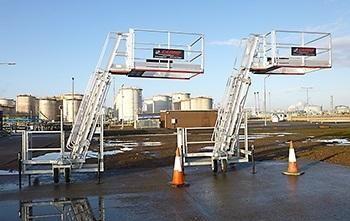 TC10 – Portable Truck and Rail Access Fall Protection Platform (1).jpg