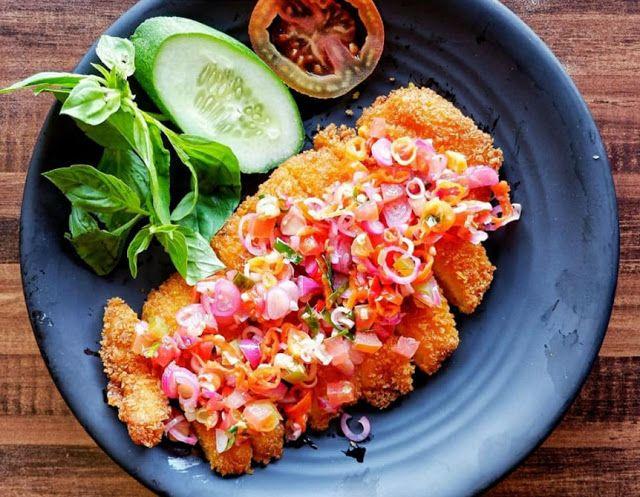 Resep Chicken Katsu Sambal Matah Dengan Kombinasi Rasa Pedas Khas Indonesia Resep Ayam Resep Makanan Pedas