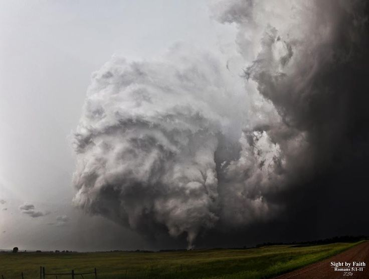 Thunderstorms And Tornadoes 640 best storms images on pinterest | tornadoes, mother nature and