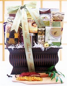 A Warm Thank You Deluxe Gift Basket - Pressentz Gifts. Your Mum will love this basket of goodies and its personalized ribbon makes an elegant presentation. Available for $125.95 with free shipping from http://pressentz.com/wp-content/uploads/2013/11/2008-3-2T.jpg