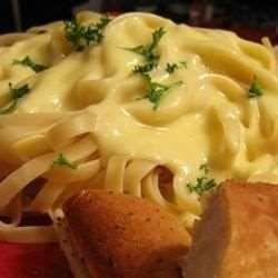 Molho de queijo para macarrão