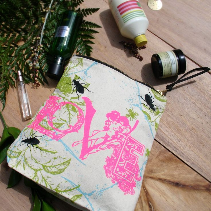 Image of Love Print Wash Bag & Make Up Carry All £14.00.    www.janedebono.com