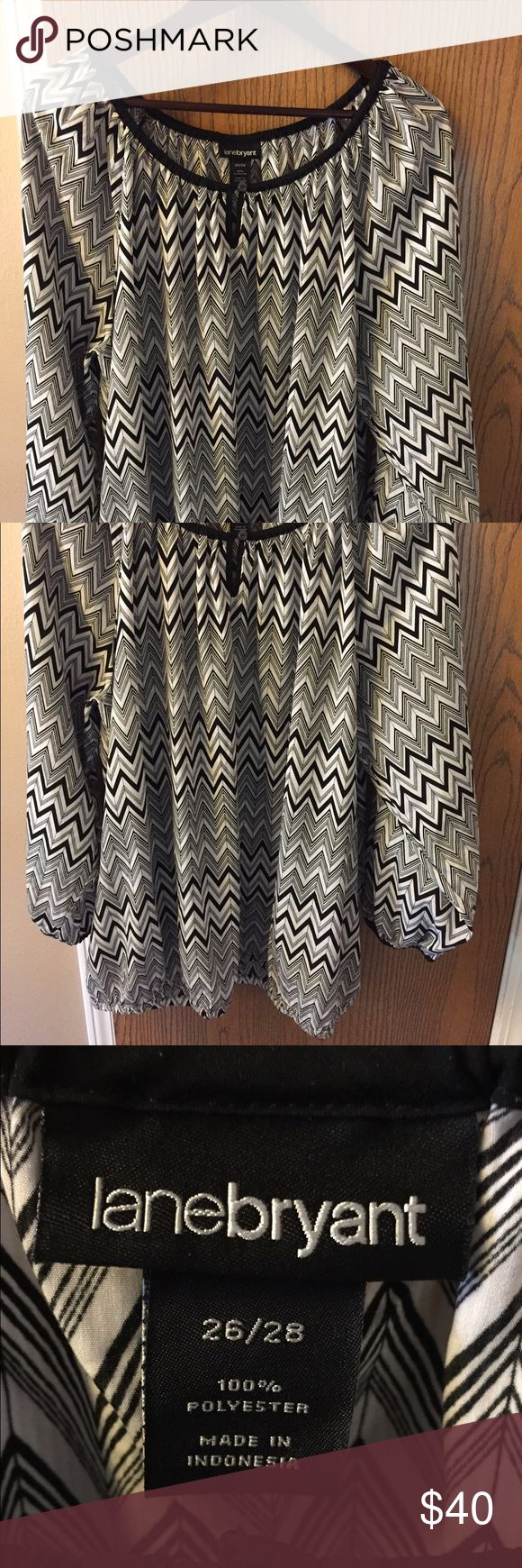 EUC Black and white Lane Bryant chevron 26/28 No cami required! Black and white chevron shirt that I only wore once.  Nonsmoking pet free home. 26/28. Gorgeous I just hate elastic bottomed shirts I have too long of a torso for them to fall comfortably on me. Lane Bryant Tops
