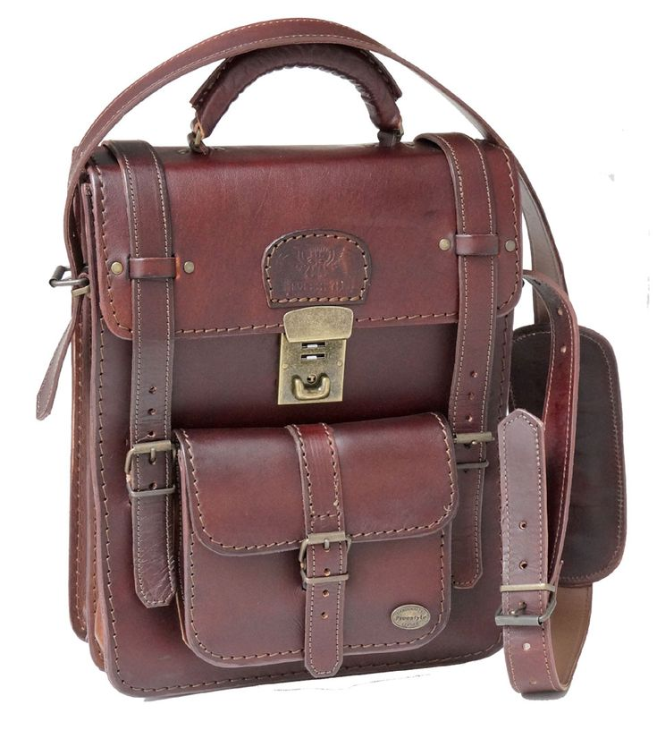 Freestyle A4V II (Midbrown) Handmade Genuine Leather Bag. R 1'899. Handcrafted in Cape Town, South Africa. Width: 26.5 cm Height: 32.5 cm Gussets: 7.5 cm See online shopping for availability. Shop for Freestyle online https://www.thewhatnotshoes.co.za/ Free delivery within South Africa.