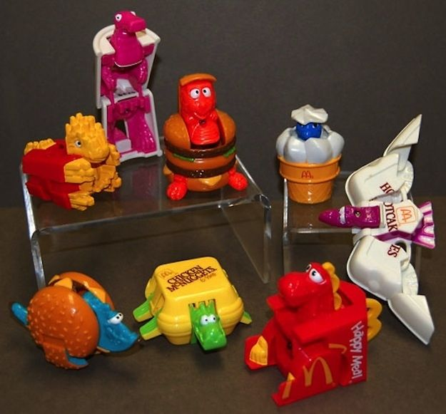 McDino Changeables (1991) | The 26 Most Awesome Happy Meal Toys Of The '90s