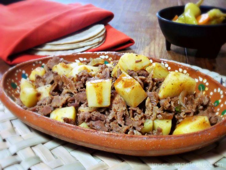 La Cocina de Leslie: Guisado de Bistec con Papas a la Mexicana