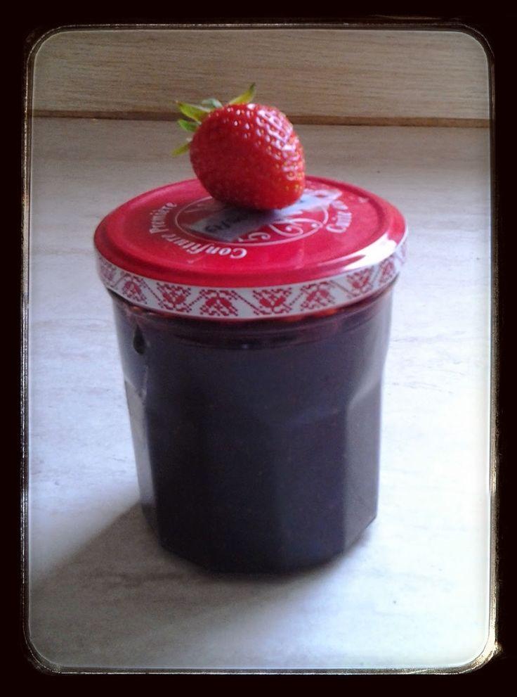 Si vous réalisez une de mes recettes envoyer (christelle.traynard@wanadoo.fr) moi les photos (ou si vous avez un blog le lien de votre recette) pour une petite mise à l'honneur. Voilà enfin la saison des fraises ! J'adore les fraises et encore plus une...