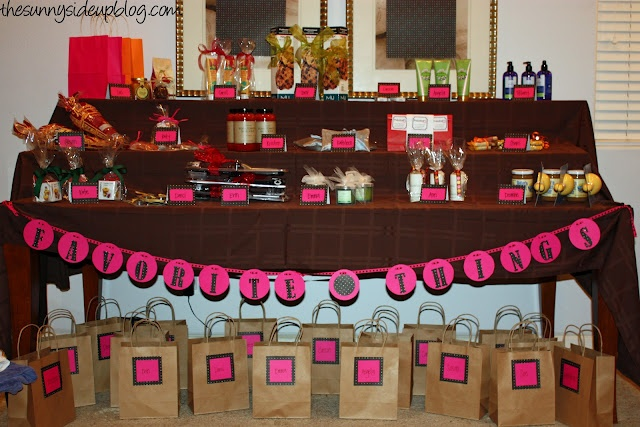 I want to do this next year! such a fun idea!: Party'S, Favorite Things Party, Girls Night, Sunny Side, Fun Ideas, Parties Ideas, Favorite Things Parties, Party Ideas, Parties Time