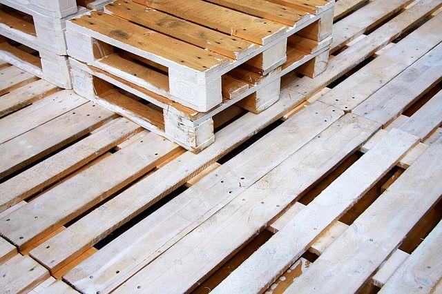 Recykling w pełni - czyli kilka pomysłów, jak wykorzystać drewniane palety, nie tylko w ogrodzie!