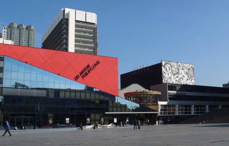 Lucent Dance Theater in Den Haag. working Fields - 27. Den Haag