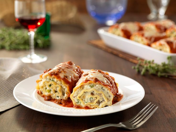 Looking for an authentic Italian recipe? Try Barilla's step-by-step recipe for Barilla® Lasagne Rolls for a delicious meal!