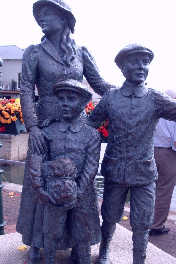 Annie Moore Statue - Cobh, Ireland