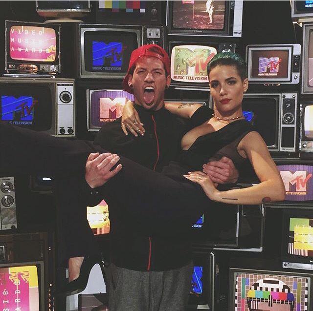 Halsey and Josh Dun at the VMAS