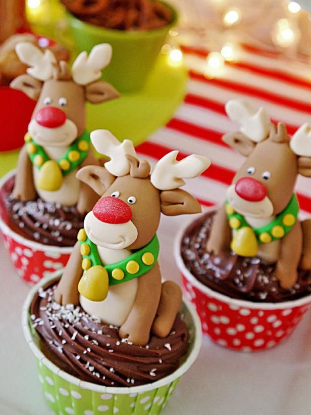 Edible Fondant Toppers...almost too cute to eat! Get the pattern: http://www.hgtv.com/entertaining/host-a-rudolph-themed-fondue-party-this-christmas/pictures/page-14.html?soc=pinterest