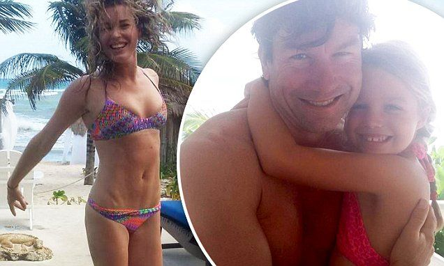 Rebecca Romijn shows off bikini bod on holiday with Jerry O'Connell