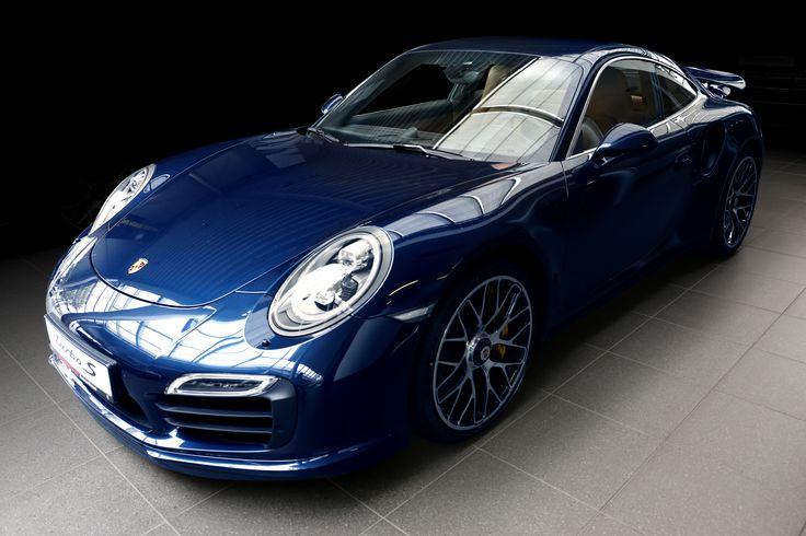 Porsche Centrum Poznań - poznaj wnętrze naszego salonu i poczuj ducha Porsche! #porsche #porschepolska #porschepoznań #poznań #cars #luxurycars #911 #porsche911
