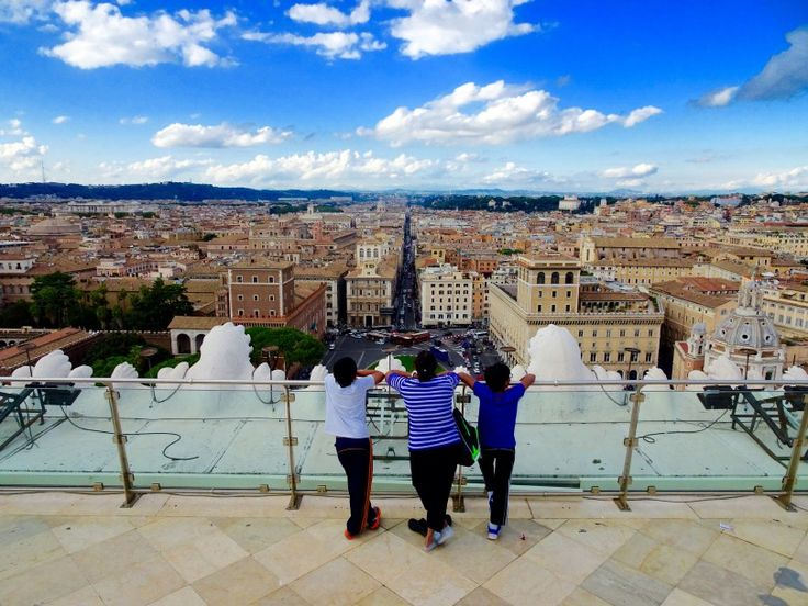 7 Great things to do in Rome in 3 days, Colosseum, Vatican City, Palatine Hill, Roman Forum, Fontana di Trevi, Spanish Steps, Alther of Fatherland and best pizza in Trastevere.  7 Great things to do in Rome in 3 days, Colosseum, Vatican City, Palatine Hill, Roman Forum, Fontana di Trevi, Spanish Steps, Alther of Fatherland and best pizza in Trastevere.   #Rome #thingstodo #Italy #Colosseum #RomeCity #Vatican #Trastevere #Spanishsteps #PalatineHill #RomanForum #City #exploringrome #Cityguide…