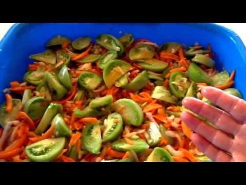 Салат из зеленых помидор - YouTube