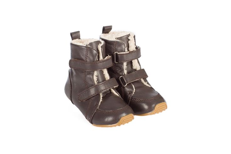 """Skeanie   Junior Chocolate Snug   Kids Boots Featuring quality genuine leather upper with a """"teddy bear"""" fur lining, this funky pair of boots is suitable for boys or girls."""