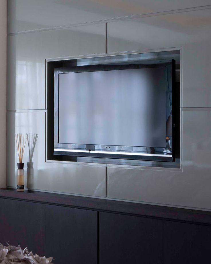 Kensington, London | Luxury interior design | TV in master bedroom الوصلة الداخليه فيها صور جميله