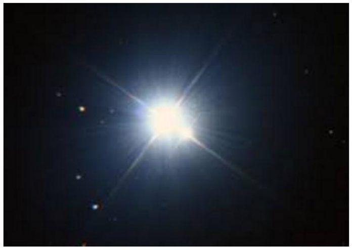 Ο Σείριος είναι το ζωοποιό Άστρο της γης.   Είναι το Άστρο που έχει την απόλυτη ευθύνη για την πορεία της ζωής στον πλανήτη μας. Ο Ιεροφάντη...