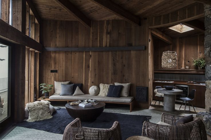 The Fritz House at the storied Esalen Institute campus in Big Sur, California, got an interiors update for the first time in almost fifty years.