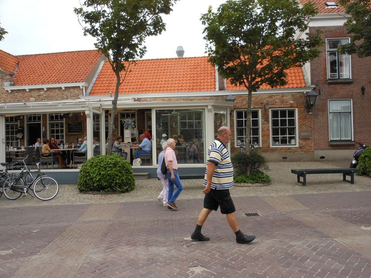 The little house (to the right) in Domburg where Jan Toorop used to live.
