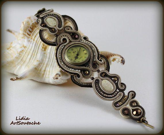 Sutasz oglądać bransoletka zegarek kobiet poprzez LidiaArtSoutache