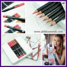 3.Ver 88 Holiday Lip Pencil Set