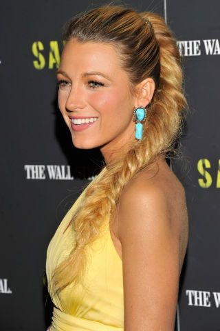 A look back at Blake Lively's complete beauty evolution in the past 10 years: