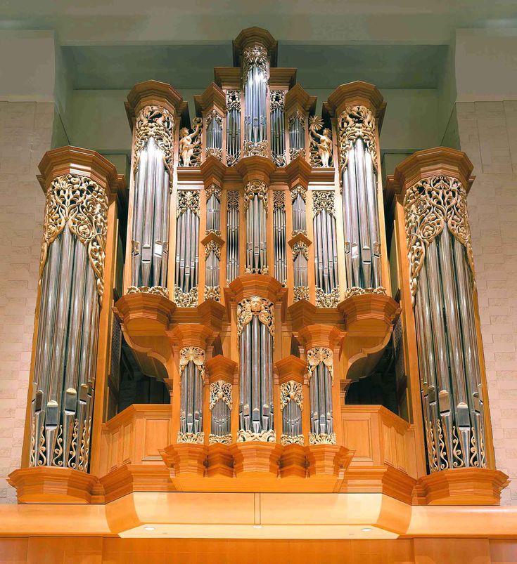 Pacific Lutheran University Tacoma, Washington - Paul Fritts organbuilding