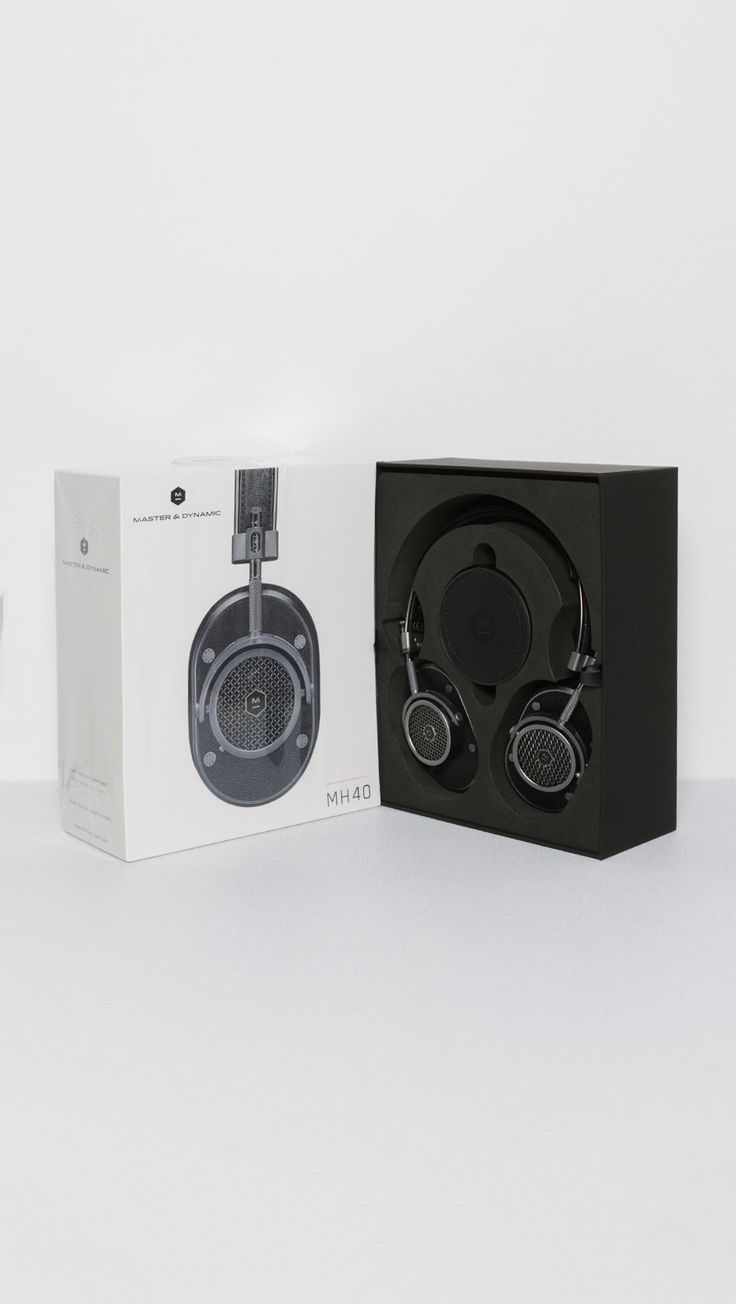 Master & Dynamic MH40 Over Ear Headphones in Gunmetal and Black | The Dreslyn