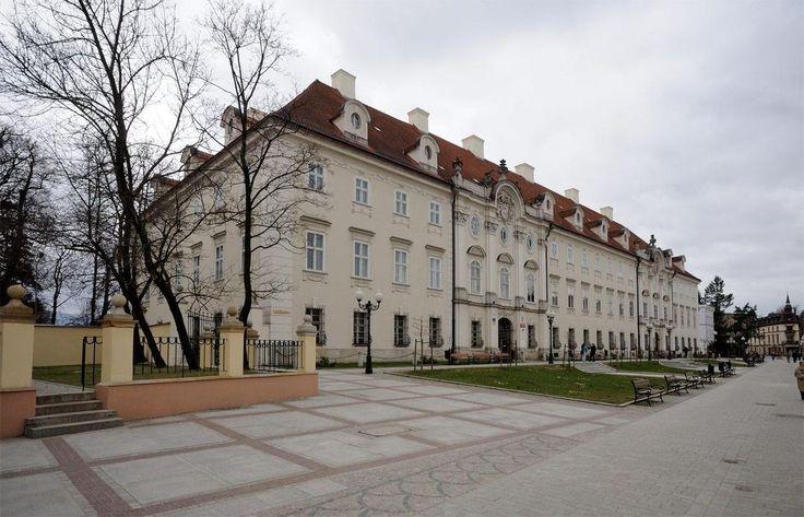 Jelenia Góra, Pałac Schaffgotschów - fotopolska.eu (295803) - Schaffgotschowie – Wikipedia, wolna encyklopedia