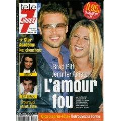 Brad Pitt & Jennifer Aniston : L'amour fou, dans Télé 7 jours (n°2172) du 12/01/2002 [Couverture isolée + article de 3 pages mis en vente par Presse-Mémoire]