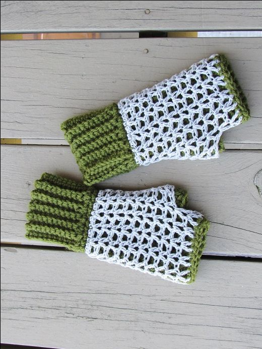 Claire Finger less Mittens, Free Crochet Pattern