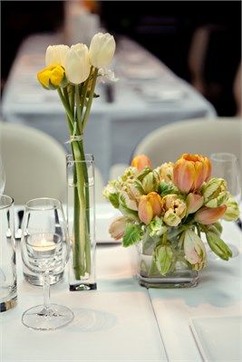 1000 images about restaurant hotels biz flowers on pinterest floral arrangements - Decoraciones de restaurantes ...